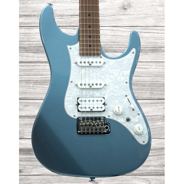 Guitarras formato ST Ibanez AZ2204-ICM