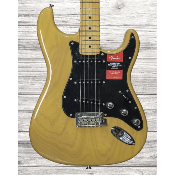 Guitarras formato ST Fender American Pro Strat Ash LTD Butterscotch