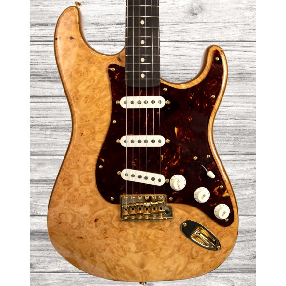 Fender Custom Shop Guitarras de formato ST Fender Custom Shop Artisan Maple Burl Stratocaster Aged Natural