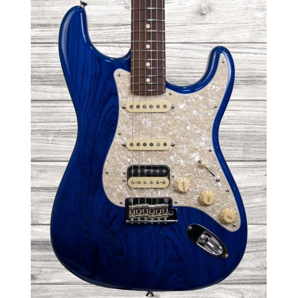 Guitarra Elétrica Stratocaster/Guitarras formato ST Fender Japan 2019 LTD Stratocaster HSS RW Sapphire Blue Trans