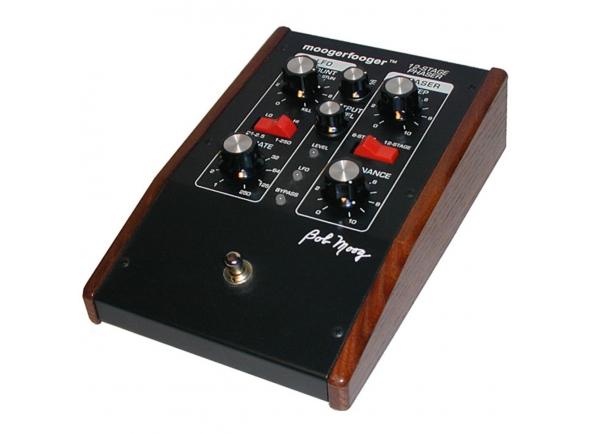 Sintetizadores e Samplers Moog MF-103