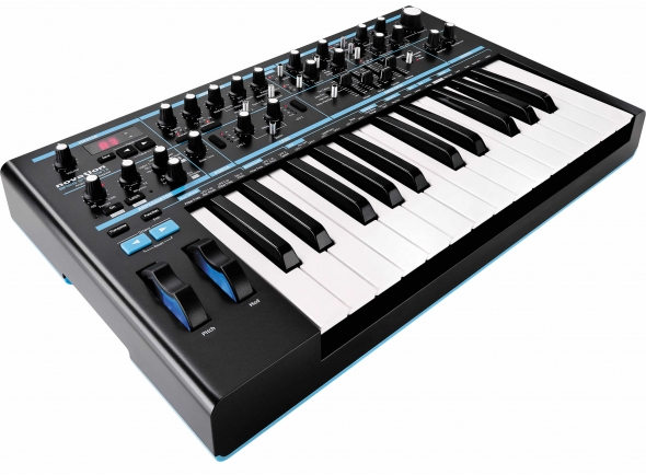 Sintetizadores e Samplers Novation Bass Station II